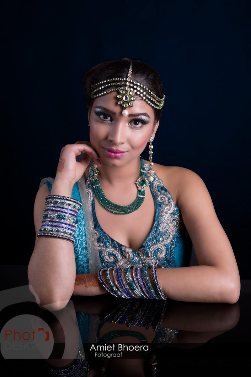 AmietBhoera-PhotoDesigns-hindoestaanse-fotograaf-bruidsfotograaf-studio-indian-12