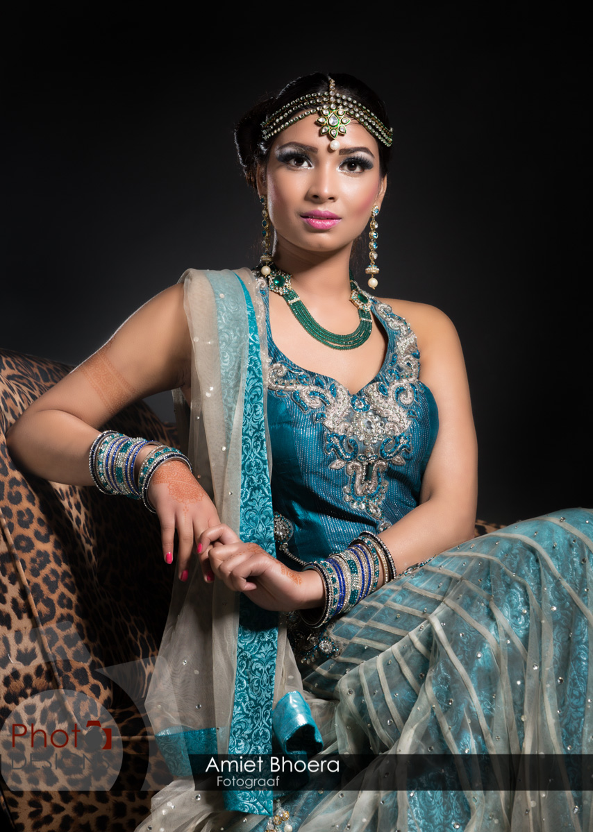 AmietBhoera-PhotoDesigns-hindoestaanse-fotograaf-bruidsfotograaf-studio-indian-16