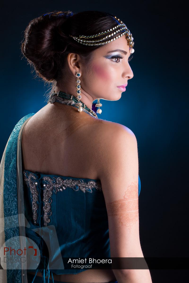 AmietBhoera-PhotoDesigns-hindoestaanse-fotograaf-bruidsfotograaf-studio-indian-2