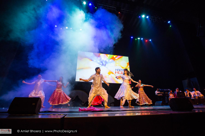 Holi-shiraj-hondoestaanse-feest-anton-philip-zaal-40