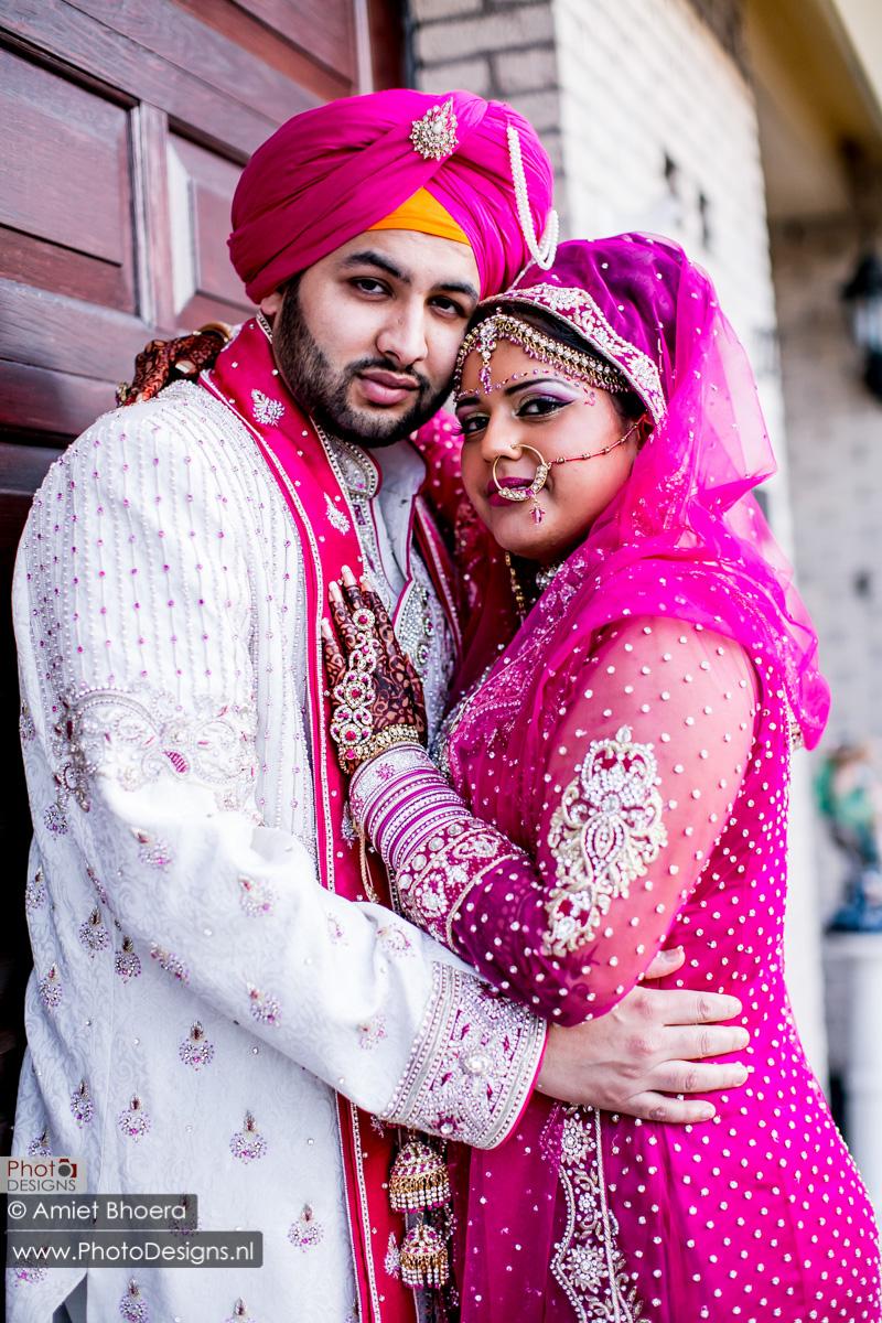 Karanjit-trouwt-met-Anjenie-volgens-de-Sikh-Huwelijks-in-Sri-Guru-Singh-Sabha-te-Den-Haag_0009