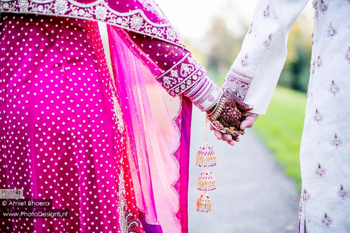 Karanjit-trouwt-met-Anjenie-volgens-de-Sikh-Huwelijks-in-Sri-Guru-Singh-Sabha-te-Den-Haag_0013