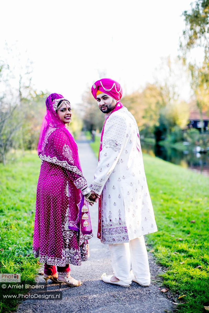 Karanjit-trouwt-met-Anjenie-volgens-de-Sikh-Huwelijks-in-Sri-Guru-Singh-Sabha-te-Den-Haag_0014
