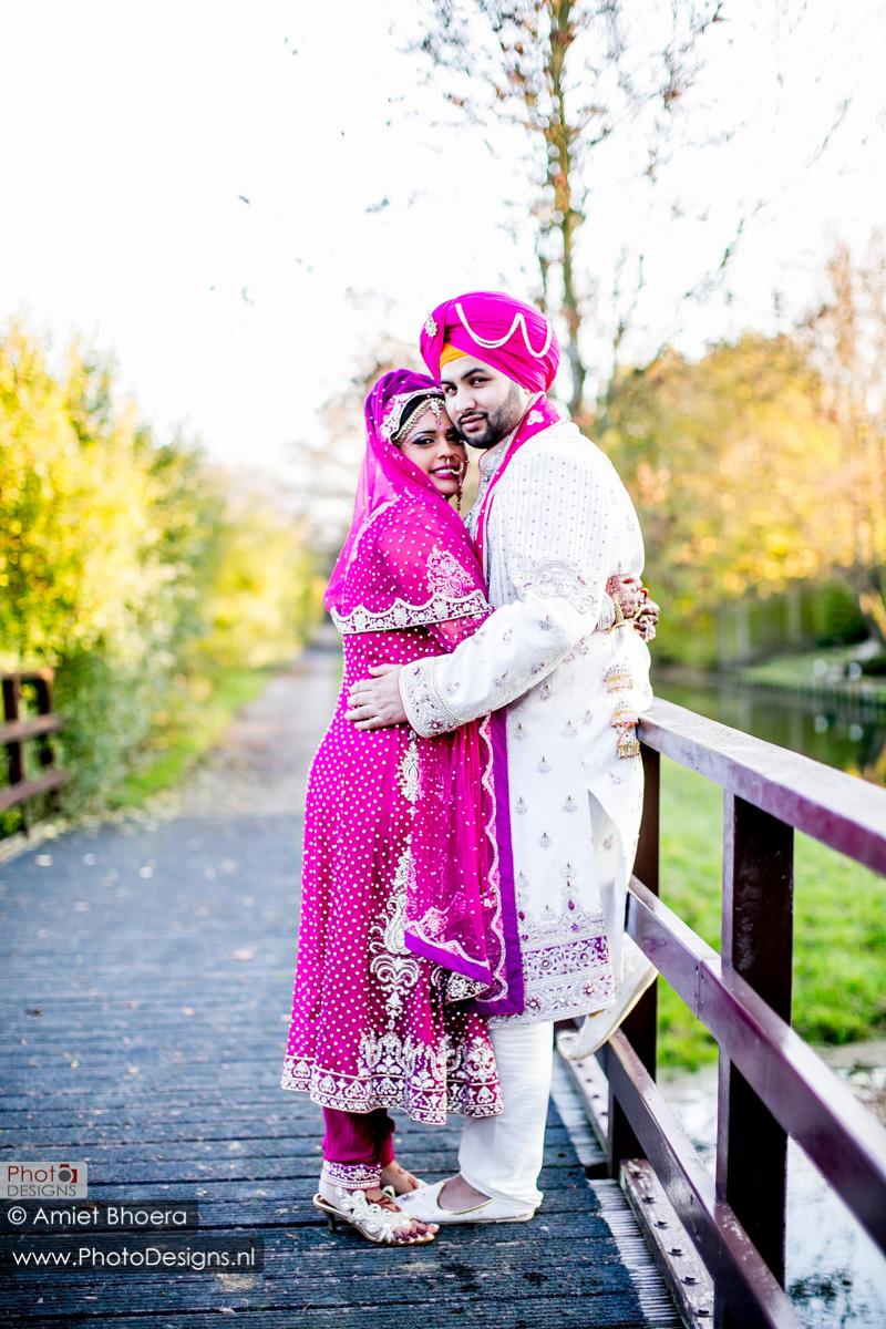 Karanjit-trouwt-met-Anjenie-volgens-de-Sikh-Huwelijks-in-Sri-Guru-Singh-Sabha-te-Den-Haag_0016